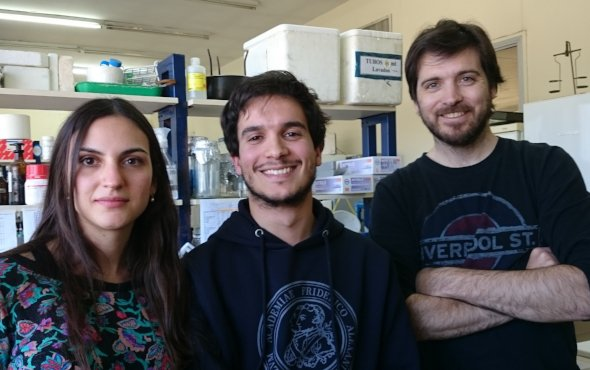 Work team. From left to right: Bioq. Peyret, Lic. Martín y Dr. Nicola.